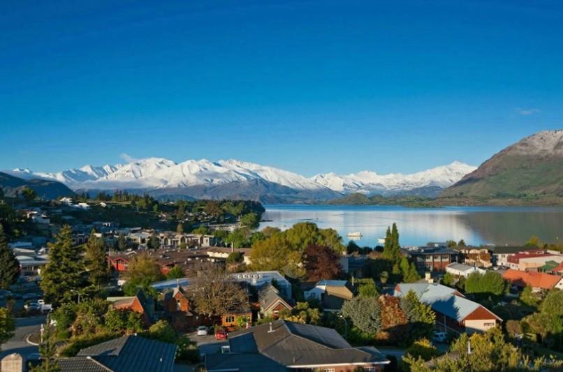新西兰移民局业务政策经理nick aldous表示,对父母团聚类别申请条款图片